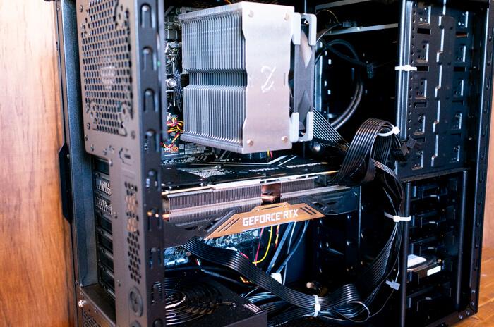 ガレリアZZ-9900Kの内部パーツをチェック