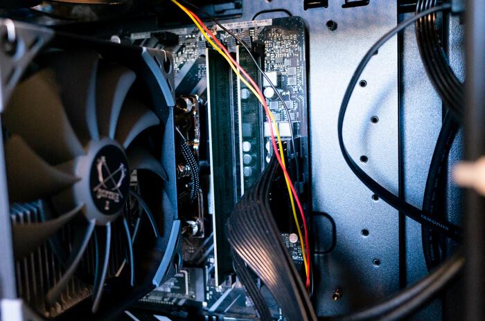 ガレリアZZ 9900Kのメモリは2枚